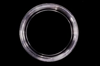 'Series 5040' dish, transparent. Glass aperture 40 mm.